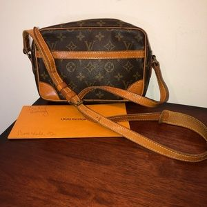 Louis Vuitton Trocadero 24 Authentic